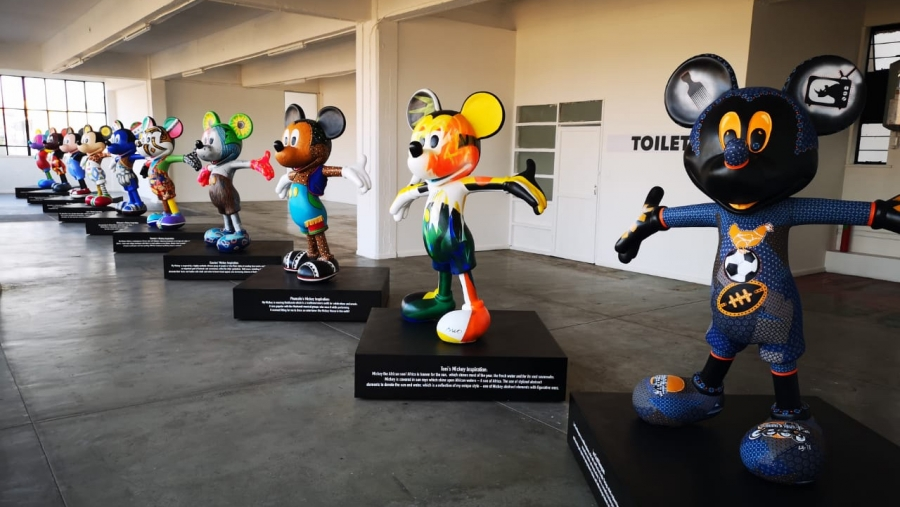 MICKEY MOUSE COLLABORATION WITH ARTEYE
